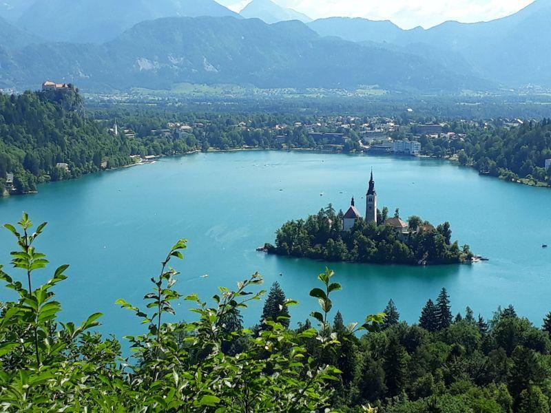 Kirándulás a szlovéniai Bled városba, a Bledi-tóhoz Kálazi Ági vezetésével