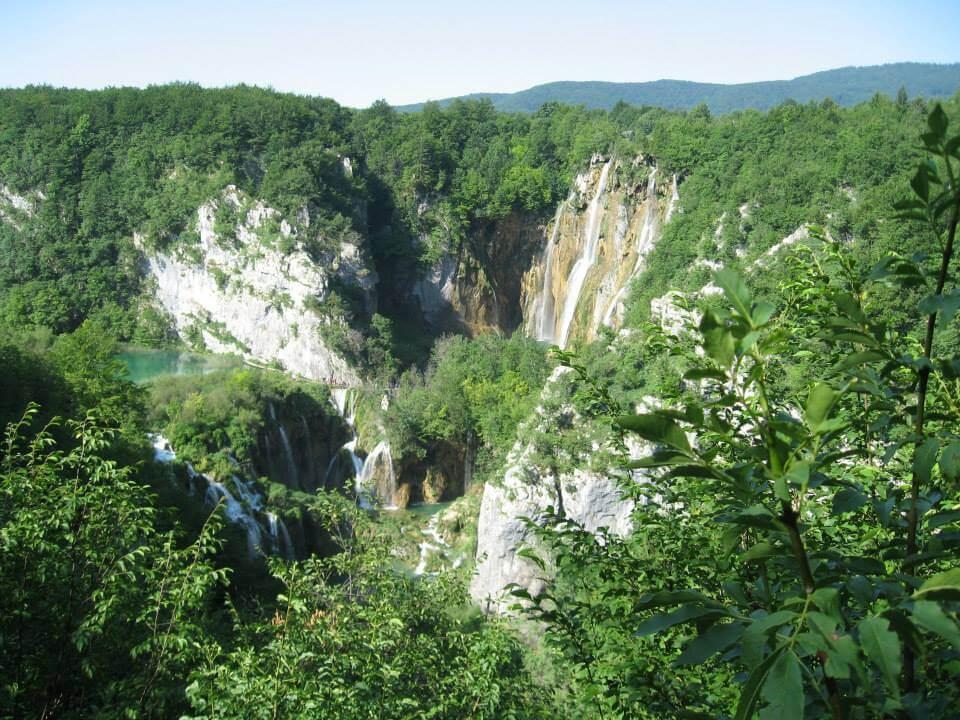 Plitvicei kiránduláson készült fénykép: Nagy vízesés a felső kilátából